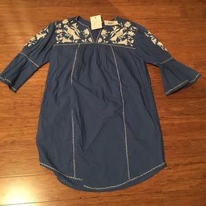 BNWT Joie embroidered dress